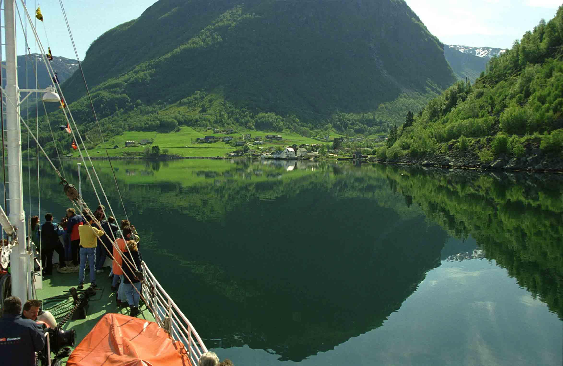 in den fjorden von norwegen | Norwegen