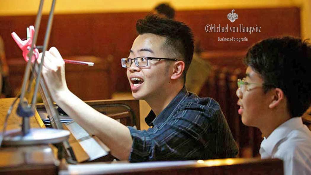 Klavierlehrer und Schueler | Hongkong